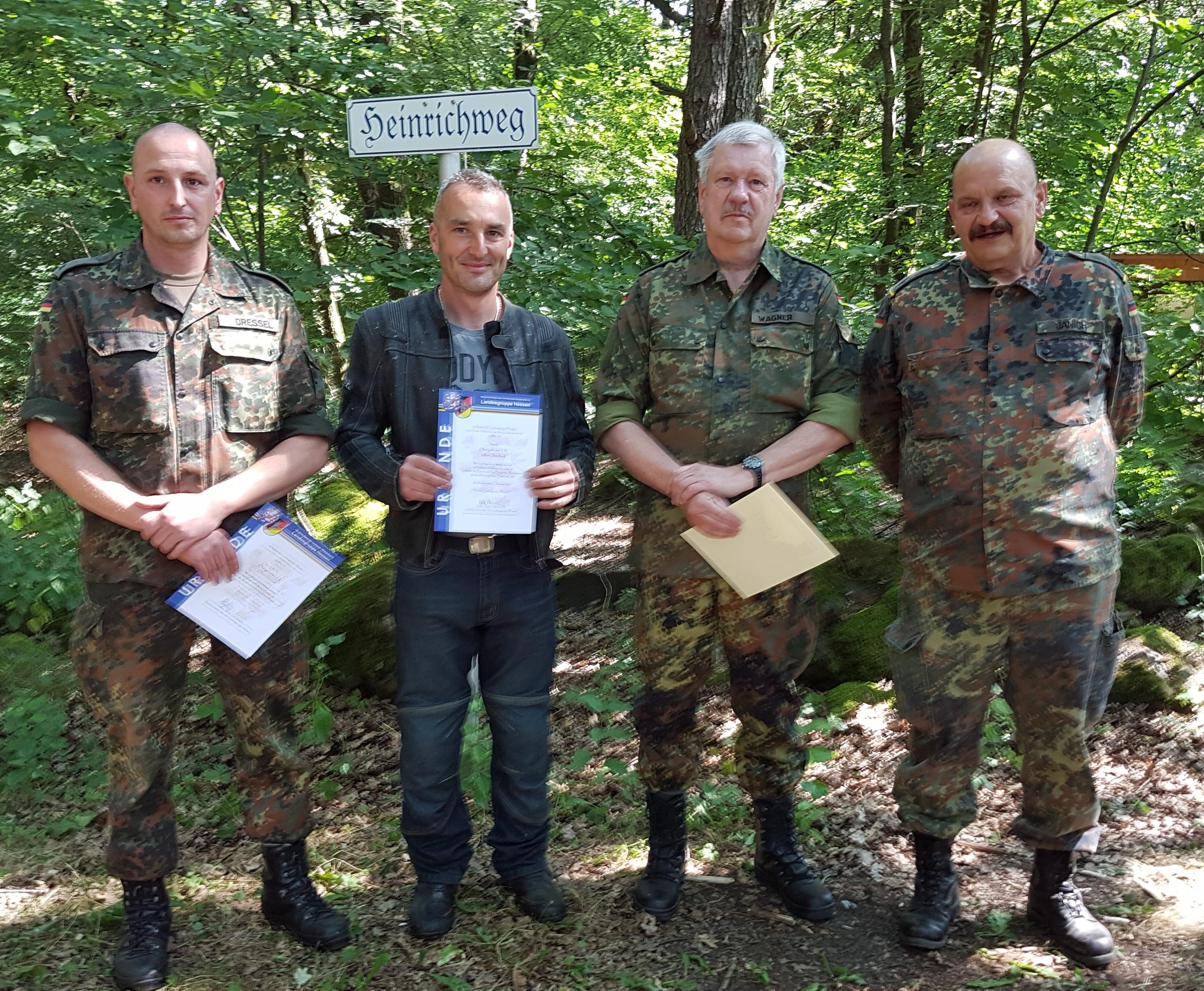 RK-Vorsitzender Günter Janich (rechts) ehrte langjährige Verbandsmitglieder