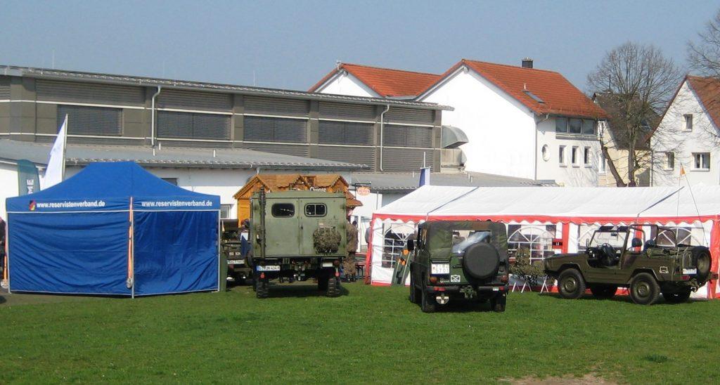 Von weit sichtbar war der Standplatz der RK Gießen mit Zelten und Fahrzeugen